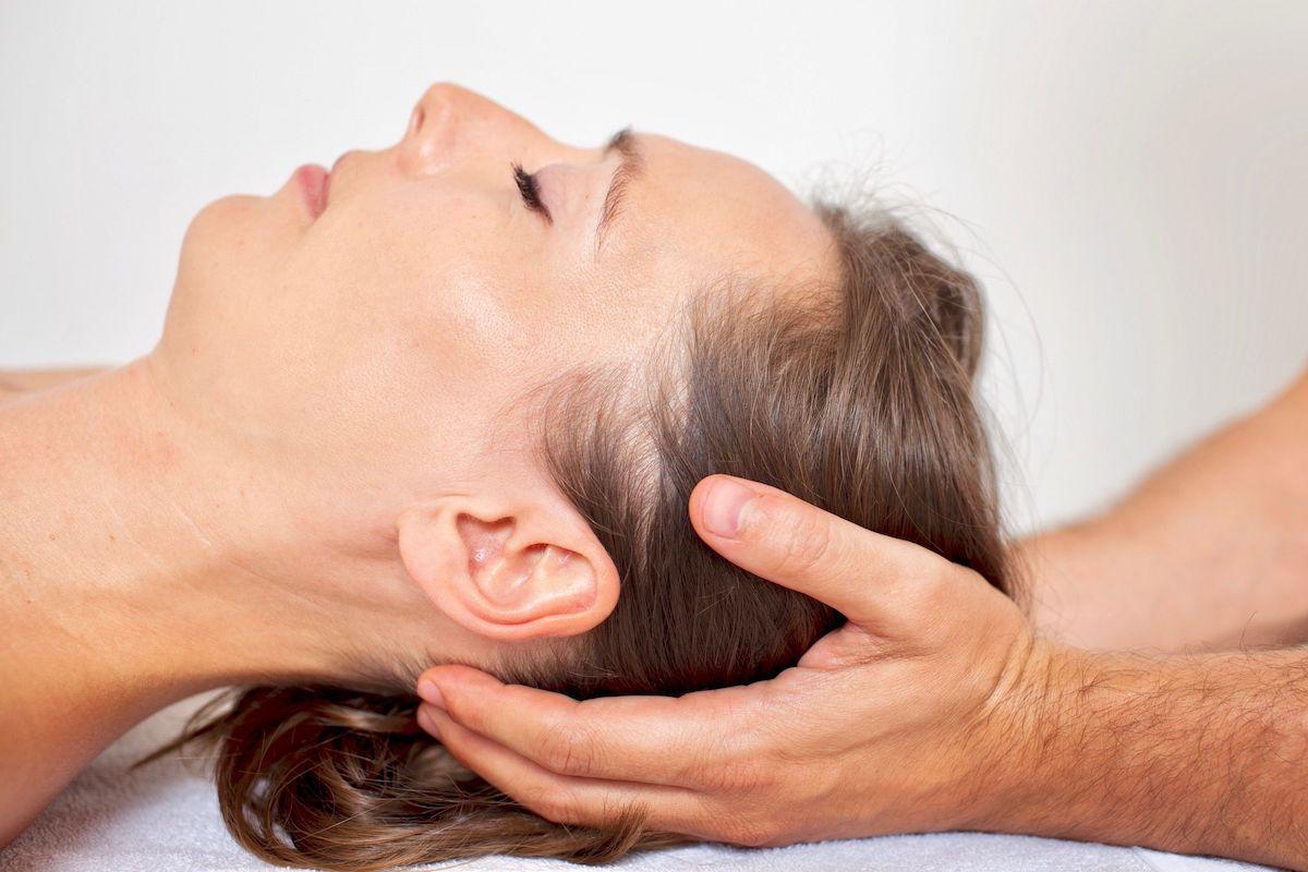 Behandlung der Halswirbelsaeule