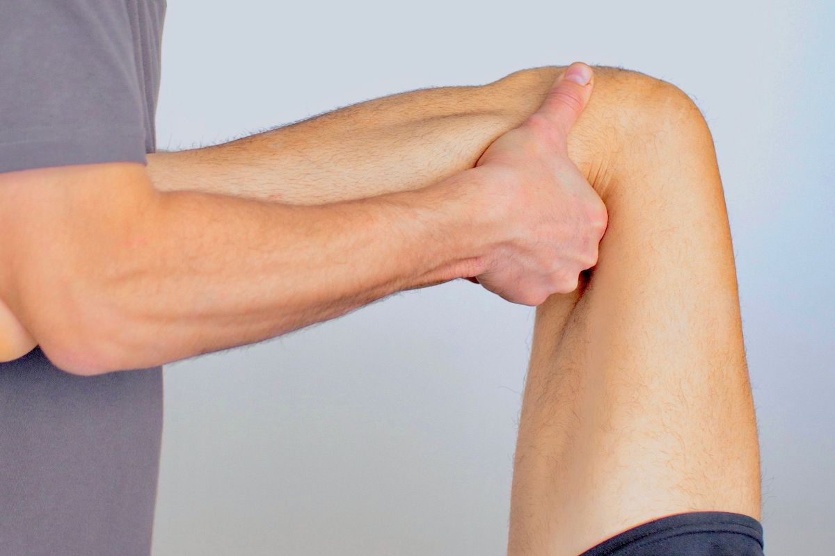 Behandlung des Kniegelenkes